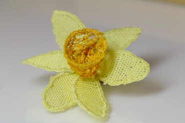 Completed needlelace daffodil